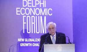 Προκόπης Παυλόπουλος: Ο μεγαλύτερος εχθρός της Ευρωζώνης είναι το χρέος
