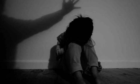 Φρίκη δίχως τέλος στην Πιερία: Θύμα της «Μπλε Φάλαινας» η ανήλικη που τη βίαζε ο πατέρας της