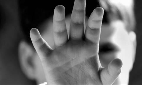 «Κόλαση» στον Άγιο Δημήτριο: Πατέρας βασάνιζε τα 5 παιδιά του και απειλούσε να τα σκοτώσει