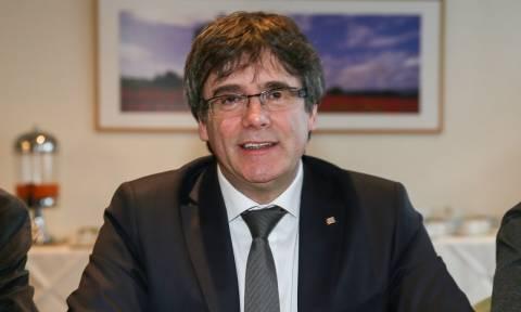 Κάρλες Πουτζντεμόν: Παραιτείται από την διεκδίκηση της προεδρίας της Καταλονίας