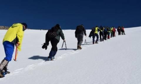 Σκαρφάλωσαν στα 2.456 μέτρα στον  Ψηλορείτη - Οι εικόνες «κόβουν» την ανάσα