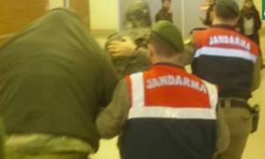 Αγωνία για τους 2 Έλληνες στρατιωτικούς: Οι εξελίξεις στο διπλωματικό θρίλερ μεταξύ Αθήνας - Άγκυρας