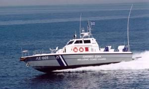 Θρίλερ με το «ένοχο φορτίο» αλιευτικού: Έκρυβαν τόνους κάνναβης σε μορφή σοκολάτας (Pics)