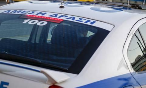 Συναγερμός στο Παγκράτι – Βρήκαν χειροβομβίδες μέσα σε κουτί στη μέση του δρόμου