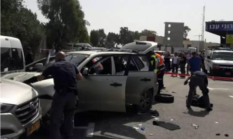 Συναγερμός στο Ισραήλ: Αυτοκίνητο έπεσε πάνω σε αστυνομικούς και στρατιώτες (ΠΡΟΣΟΧΗ! ΣΚΛΗΡΟ ΒΙΝΤΕΟ)