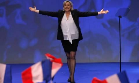 Εκλογές Ιταλία - Η Λεπέν πανηγυρίζει: «Η Ευρωπαϊκή Ένωση θα περάσει άσχημη νύχτα»
