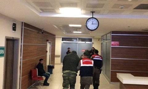 «Πόλεμος νεύρων»: Παραμένουν στη φυλακή οι δύο Έλληνες στρατιωτικοί - Δεν ορίζουν δίκη οι Τούρκοι