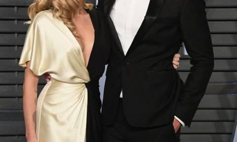 Επιτέλους: Το πιο όμορφο ζευγάρι των Oscars σε επίσημη εμφάνιση μετά από πολύ καιρό