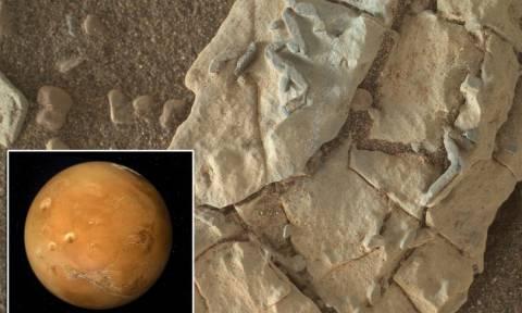 «Βόμβα»: «Η NASA κρύβει την ύπαρξη εξωγήινων στον Άρη» - Δείτε φωτογραφία - ντοκουμέντο