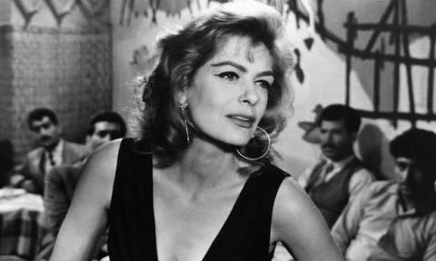 Σαν σήμερα το 1994 έφυγε από τη ζωή η Μελίνα Μερκούρη