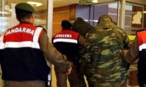 Συναγερμός στην Αθήνα - Οι Έλληνες στρατιωτικοί «ενέχυρο» στα χέρια του Ερντογάν