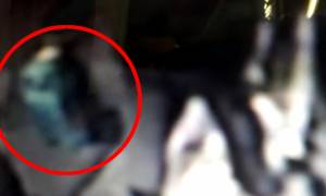 Θρίλερ με το νεκρό βρέφος στην Πετρούπολη: Ποιος είναι ο άνδρας που παρουσιάστηκε στις Αρχές