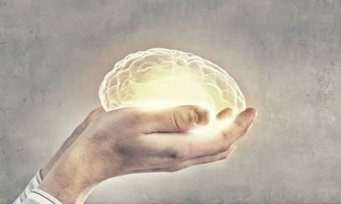 Ο παράγοντας που επιταχύνει το Αλτσχάιμερ έως και κατά 9 χρόνια