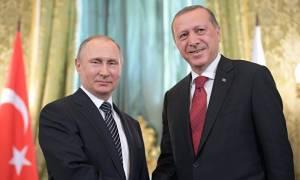 Τηλεφωνική επικοινωνία Πούτιν - Ερντογάν για τις εξελίξεις στη Συρία