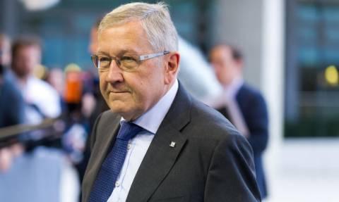 Ρέγκλινγκ: Δεν θα χρειαστούν επιπρόσθετα δημοσιονομικά μέτρα