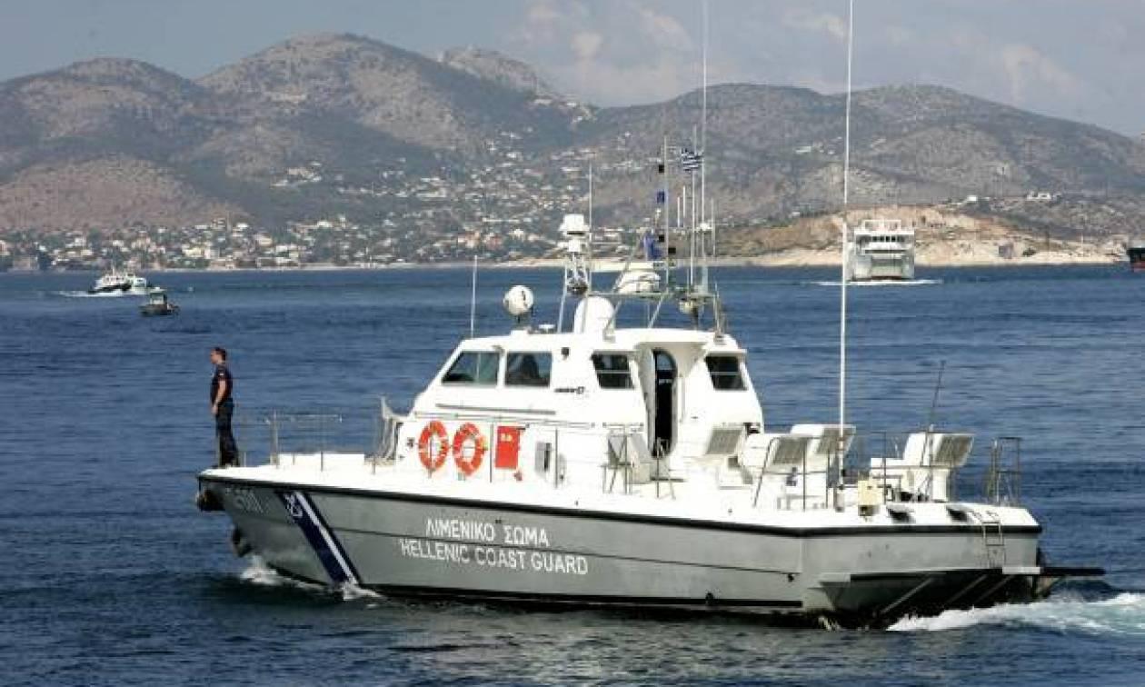 Συναγερμός στη Σαλαμίνα: Σε εξέλιξη επιχείρηση για τον εντοπισμό αγνοούμενου ψαρά