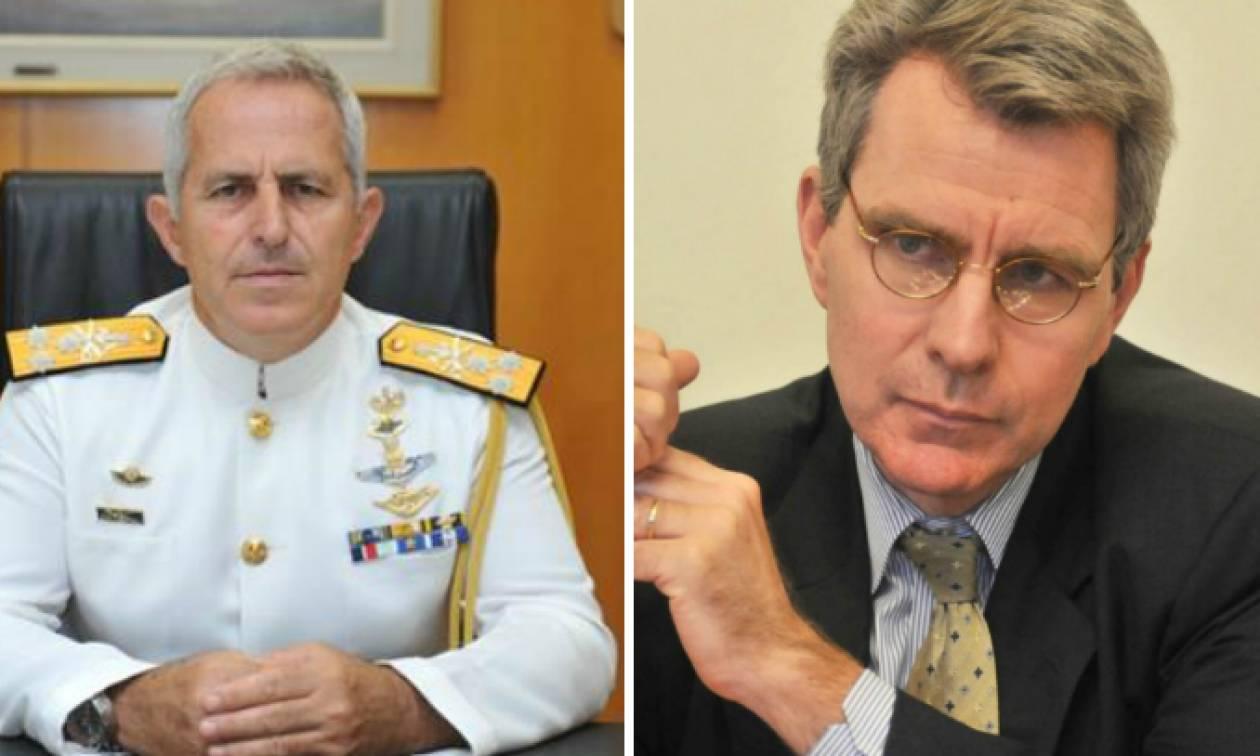 Καταιγιστικές εξελίξεις: Επί μιάμιση ώρα συζητούσαν ο Αρχηγός ΓΕΕΘΑ και ο Αμερικανός πρέσβης