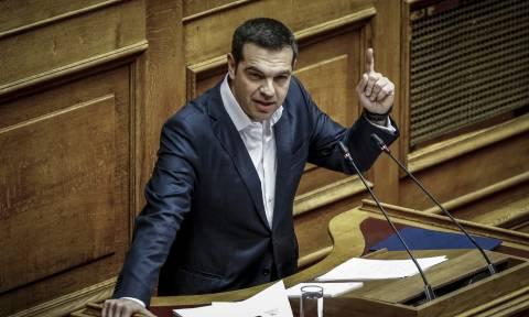 Βουλή - Αυστηρό μήνυμα Τσίπρα προς Τουρκία: Κανείς δεν παίζει με την Ελλάδα