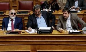 Βουλή: Πώς απάντησαν Κουρουμπλής, Ξανθός, Πολάκης στον «πολιτικό αντιπερισπασμό» της ΝΔ