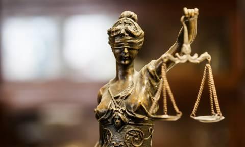 Έλληνες στρατιωτικοί: Παρέμβαση του Συμβουλίου Δικηγορικών Συλλόγων Ευρώπης ζητά ο ΔΣΑ