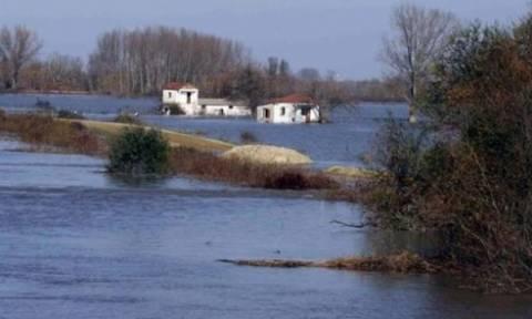 Σε επιφυλακή ο Έβρος: Ανέβηκε η στάθμη του ποταμού