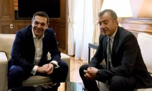 Θεοδωράκης: Να αφήσουμε τα μεγάλα εθνικά θέματα έξω από τους καθημερινούς εμφυλίους