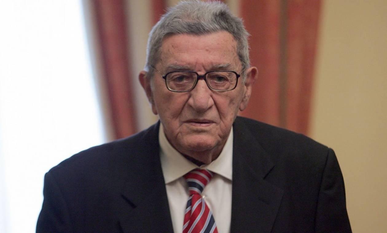Πέθανε ο σπουδαίος δημοσιογράφος Χρήστος Πασαλάρης