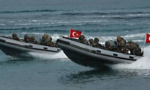 Συναγερμός στις Ένοπλες Δυνάμεις: Οι Τούρκοι ξεκινούν αποβατικές ενέργειες (ΧΑΡΤΕΣ)
