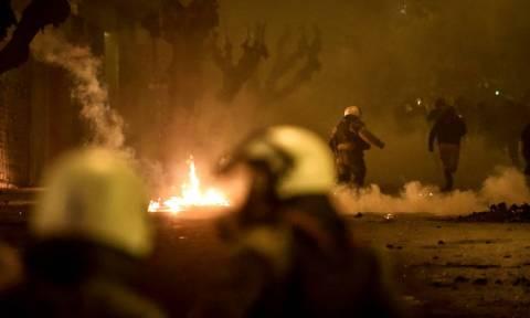 Νύχτα επεισοδίων στο κέντρο της Αθήνας