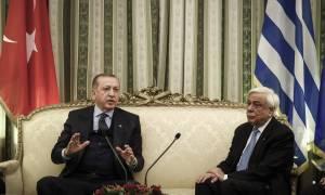 «Παραλήρημα» Ερντογάν: Γλιτώσατε να γίνετε παστά ψάρια και πέσατε στη θάλασσα (vid)