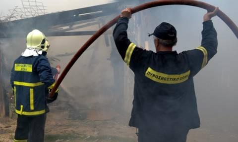 Χανιά: Μεγάλη φωτιά και εκρήξεις σε σπίτι μετά από φωτιά σε λέβητα