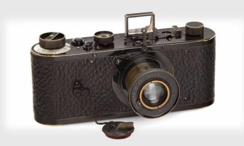 Έσπασε κάθε ρεκόρ: Φωτογραφική μηχανή πωλήθηκε 2,4 εκατομμύρια ευρώ
