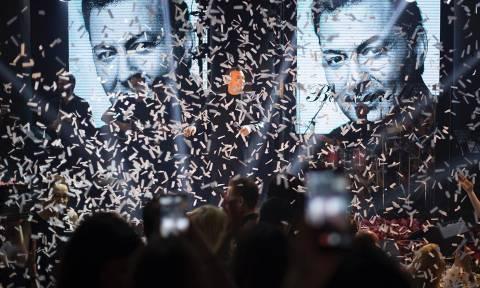 «Σήκωσε» τη Θεσσαλονίκη στην πρεμιέρα του ο Νίκος Μακρόπουλος