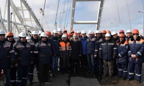Πούτιν: Στην Κριμαία για την ένωση με τη Ρωσία τέσσερις μέρες πριν τις εκλογές (vid)
