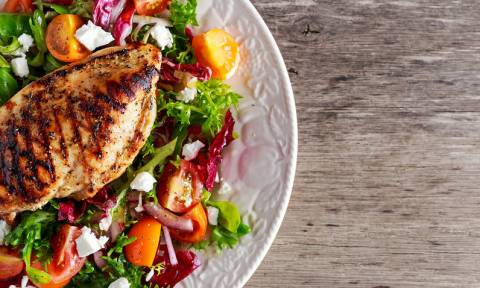 Κοτόπουλο: Ο «βασιλιάς» της άπαχης πρωτεΐνης – Θερμίδες & διατροφική αξία