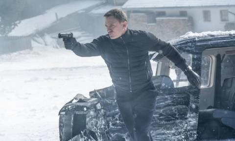 """Τζέιμς Μποντ: Ζητά 2.8 εκατ. ευρώ για τον τραυματισμό του στην ταινία """"Spectre"""" (Vid)"""