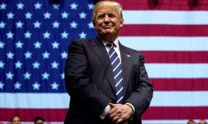 Απόλυση-Σοκ στο FBI: Πανηγυρίζει ο Τραμπ