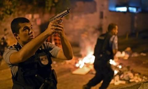 ΣΟΚ στη Βραζιλία: Παιδί ενός έτους σκοτώθηκε σε ανταλλαγή πυρών συμμοριών ναρκωτικών και αστυνομίας
