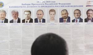 Εκλογές Ρωσία: Άνοιξαν και στη Μόσχα οι κάλπες