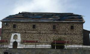 Γρεβενά: Ανεμοθύελλα προκάλεσε μεγάλες καταστροφές στη Δεσκάτη