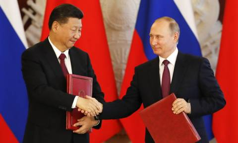 Κίνα: Συγχαρητήρια από Σι Τζινπίνγκ σε Πούτιν για την επανεκλογή του