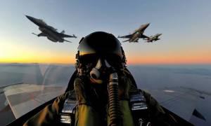Αεροσκάφη της Πολεμικής Αεροπορίας πάνω από την Αθήνα