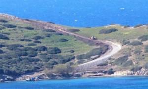 Τι ετοιμάζουν οι Τούρκοι; Ανοίγουν δρόμο στη νησίδα απέναντι από τα Ίμια