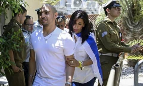 Μείωσαν την ποινή «χάδι» του στρατιώτη που εκτέλεσε τραυματισμένο Παλαιστίνιο (video+pics)