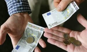 Συντάξεις: «Μαχαίρι» 60% στις αποδοχές των συνταξιούχων που εργάζονται