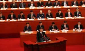 Σι Τζινπίνγκ: Μόνο ο σοσιαλισμός μπορεί να σώσει την Κίνα (Vid)