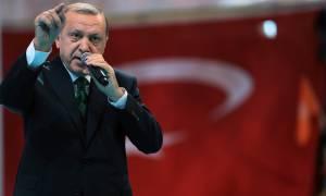 «Ξέφυγε» ο Ερντογάν: Απειλεί τώρα και τις ΗΠΑ – «Την Τουρκία θα τη σέβεστε»