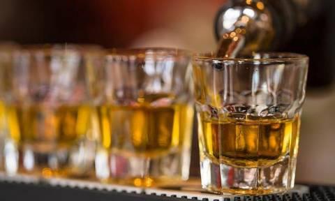 Αλκοόλ: Τι προκαλεί στην καρδιά και σε ποια ποσότητα