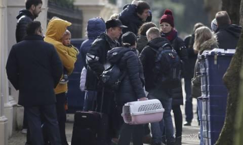 Υπόθεση Σκριπάλ: Οι Ρώσοι διπλωμάτες έφυγαν από το Λονδίνο – «Αυτή είναι η αλήθεια για το Novitchok»