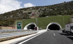 Έκθεση - «βόμβα»: Οι Έλληνες πληρώνουν πανάκριβα τους αυτοκινητόδρομους
